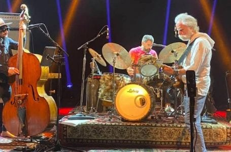 www.liveforlivemusic.com