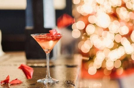 Tis' the Season for Holiday Cocktails and Dishes!