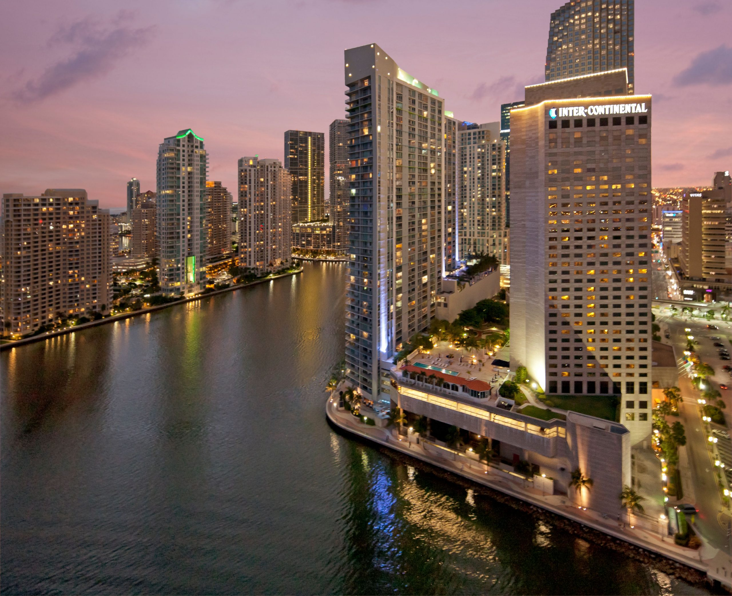 Savor Summer with Specialty Rates at these South Florida Hotels and Resorts